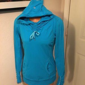 Lululemon pullover long sleeve with hoodie
